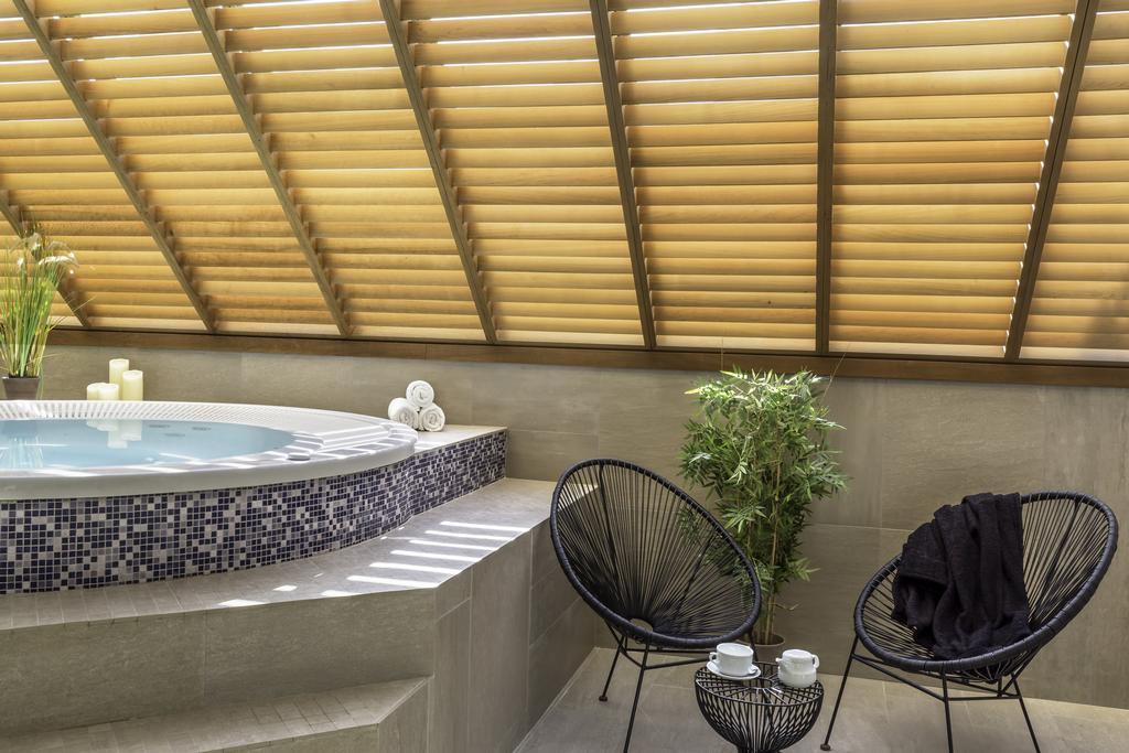 Best Western Les Bains Hôtel & Spa 3*, vacances Bretagne Perros-Guirec 1
