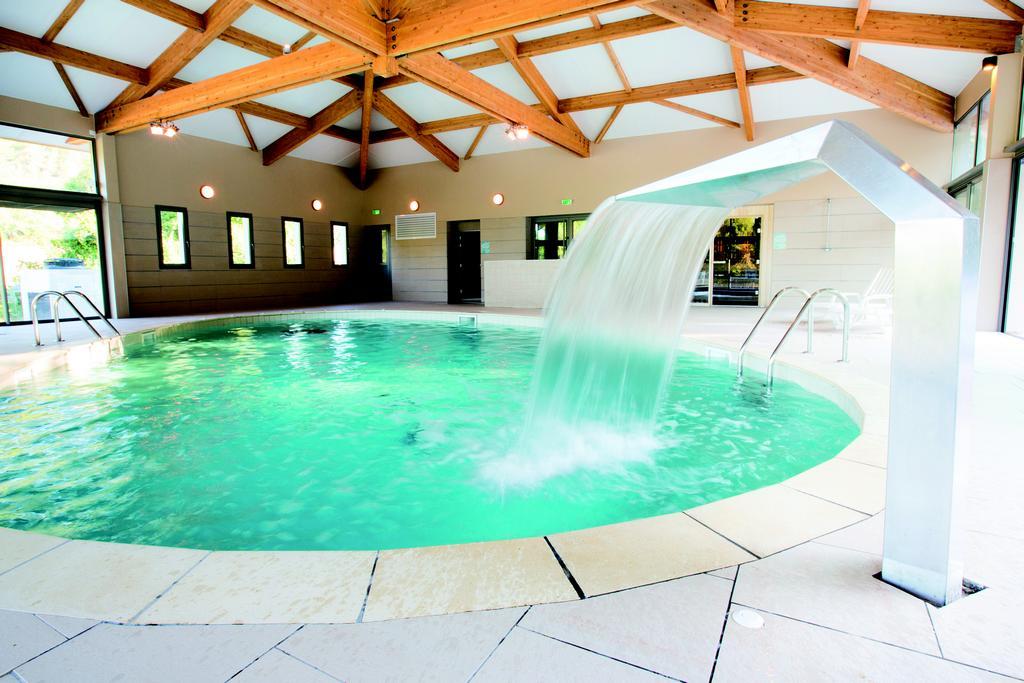 Club Château Laval 3*, vacances Provence-Alpes-Côte d'Azur Gréoux-les-Bains 1