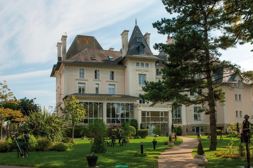 Hôtel Villa Caroline 3*