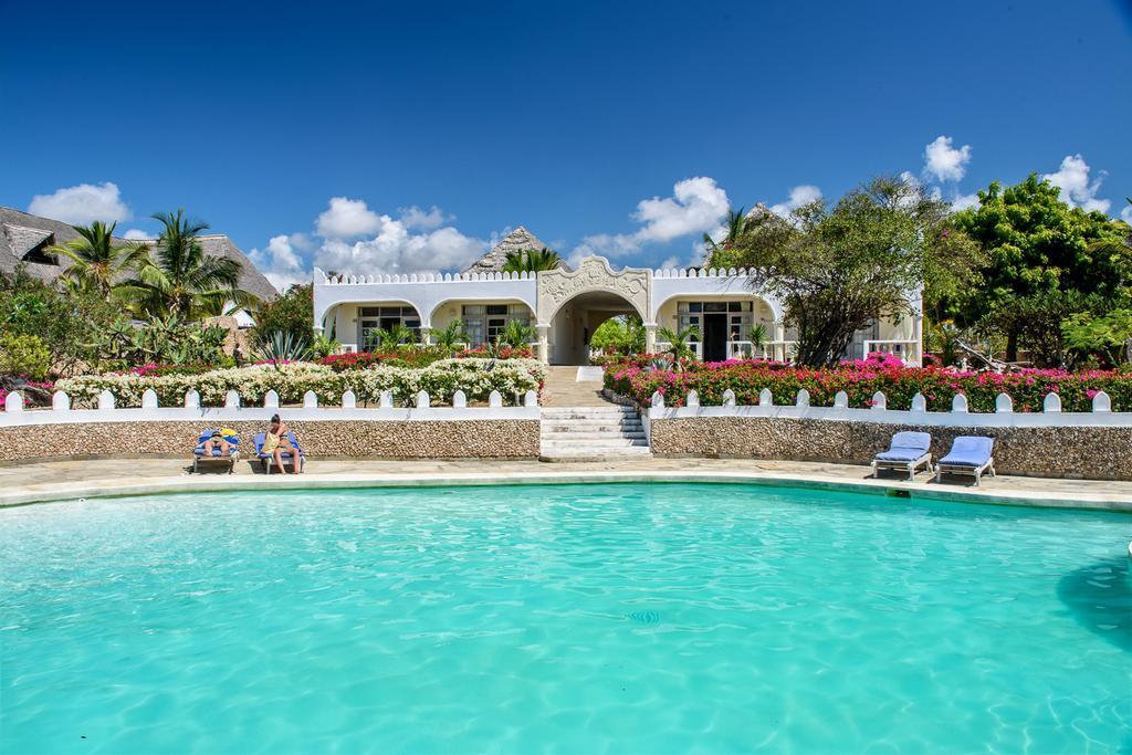 Ôclub Jacaranda Beach Resort 4* - 1